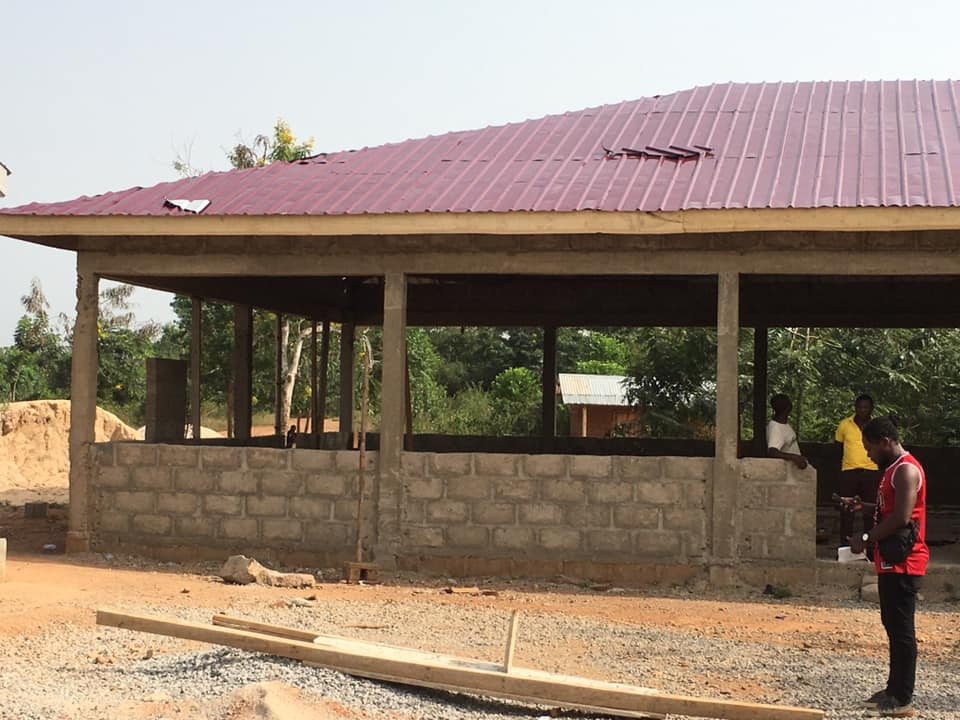 Wall plastering, aluminium roofing of Berasi AME Zion Cafeteria completed